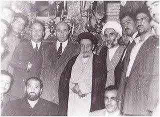 عکس یادگاری شعبان جعفری و ایت الله کاشانی پس از کودتا