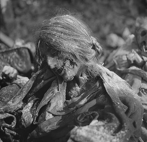 جسد سوخته ی بانویی در یک پناهگاه زیر زمینی