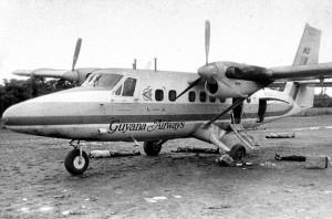 فراریانی که به دست گارد جونز در آستانه ی سوار شدن به هواپیما به قتل رسیدند